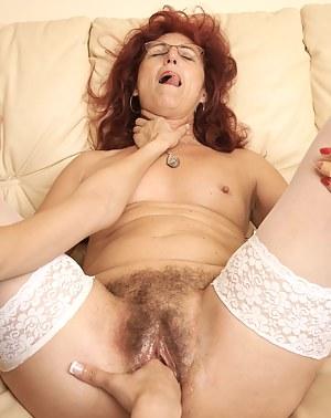 Lesbian Choking Porn Pictures