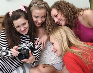 Lesbian Selfshot Porn Pictures